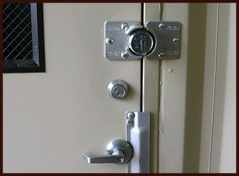Usa Locksmith Service Trumbull, CT 203-433-3672